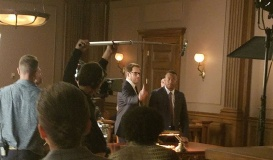 Bull-behind-the-scenes-6